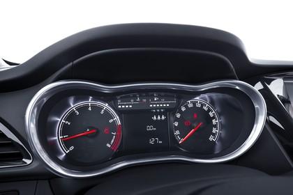 Opel Karl Innenansicht Studio Detail Tacho statisch schwarz