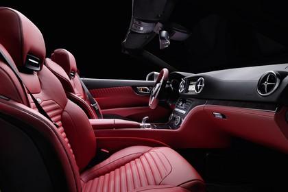 Mercedes SL R231 Innenansicht Studio Beifahrerposition statisch rot schwarz