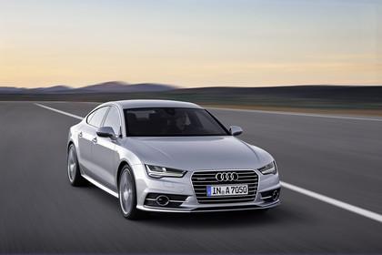 Audi A7 4G Aussenansicht Front schräg dynamisch silber