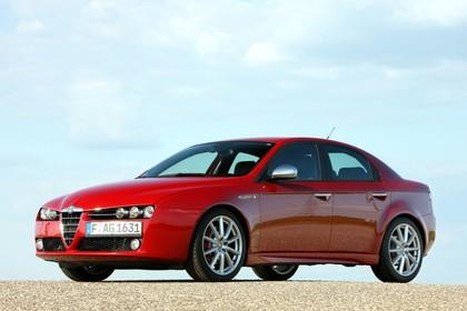 Alfa Romeo 159 939 Aussenansicht Seite schräg statisch rot