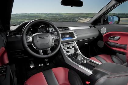 Land Rover Range Rover Evoque Coupé L538 Innenansicht Studio Cockpit statisch schwarz rot