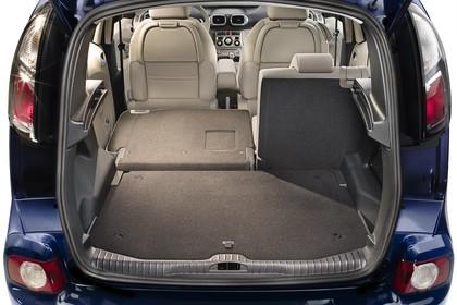 Citroën C3 Picasso SH Aussenansicht Heck statisch Studio blau Heckklappe geöffnet Rücksitze 2/3 umgeklappt