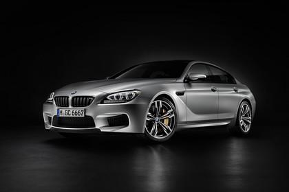 BMW M6 Gran Coupé F06 Aussenansicht Front schräg statisch Studio grau