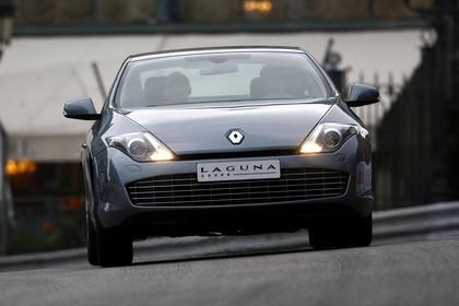 Renault Laguna Coupé T Aussenansicht Front dynamisch blau