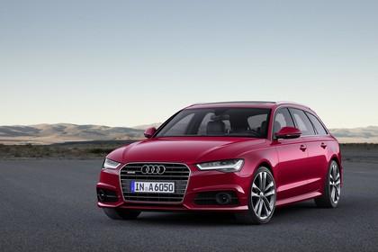 Audi A6 C7 Avant Aussenansicht Front schräg statisch rot