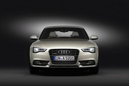 Audi A5 Sportback Facelift Aussenansicht Front Studiostatisch silber