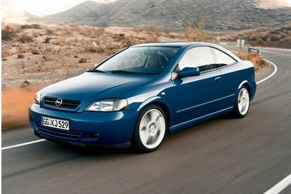 Opel Astra G Coupe Aussenansicht Front schräg dynamisch blau