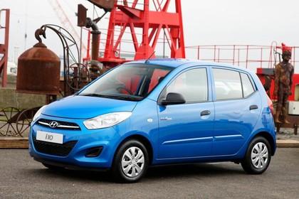 Hyundai i10 Aussenansicht Seite schräg statisch blau