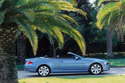 BMW 6er Cabriolet E64 Aussenansicht Seite statisch blau