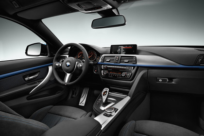BMW 4er Coupe F32 Innenansicht Beifahrerposition Studio statisch schwarz