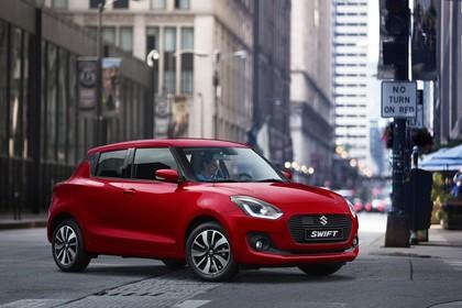 Suzuki Swift AZ Aussenansicht Front schräg statisch rot