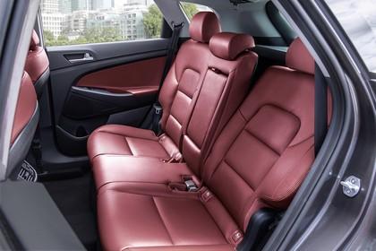 Hyundai Tucson TLE Innenansicht Detail statisch Rückbank rot