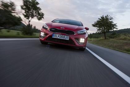 Kia Cee´d GT / pro_cee´d GT JD Aussenansicht Front dynamisch rot