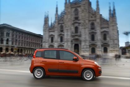 Fiat Panda 319 Aussenansicht Seite dynamisch orange