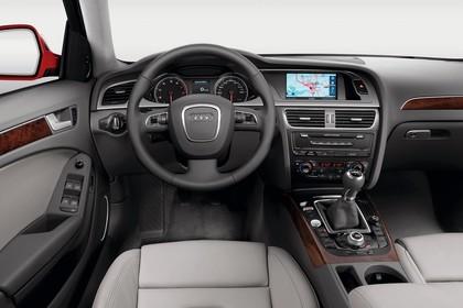 Audi A4 B8 Innenansicht Fahrerposition Studio statisch grau