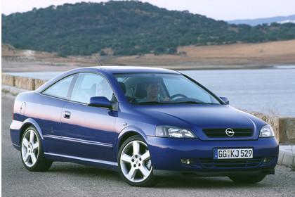 Opel Astra G Coupe Aussenansicht Front schräg statisch blau