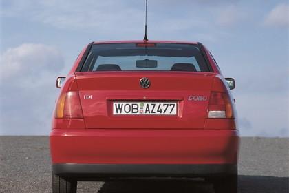 VW Polo 3 Limousine 6N Aussenansicht Heck statisch rot