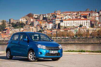 Suzuki Celerio Aussenansicht Front schräg statisch blau