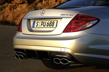 Mercedes CL C216 Aussenansicht Heck statisch silber