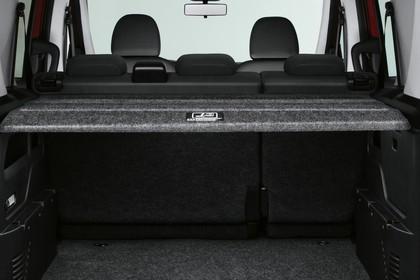 Fiat Doblo 263 Aussenansicht Heck statisch Studio Heckklappe geöffnet