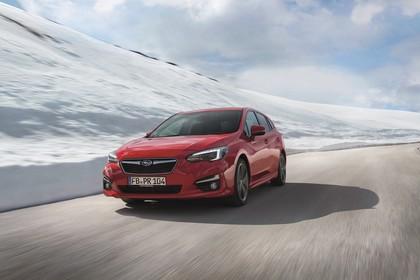 Subaru Impreza G4 Aussenansicht Front schräg dynamisch rot