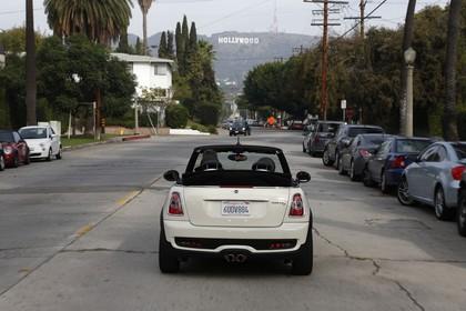 Mini Cabriolet R57 Aussenansicht Heck statisch weiß