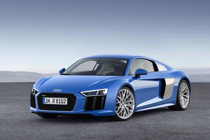Audi R8 Coupe Aussenansicht Front schräg statisch blau