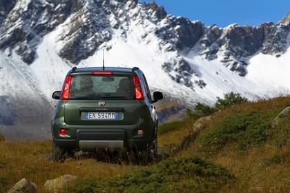 Fiat Panda 4x4 319 Aussenansicht Heck statisch grün