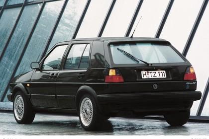 VW Golf 2 Limited Aussenansicht Heck schräg statisch schwarz