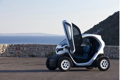 Renault Twizy Aussenansicht Seite schräg statisch weiss