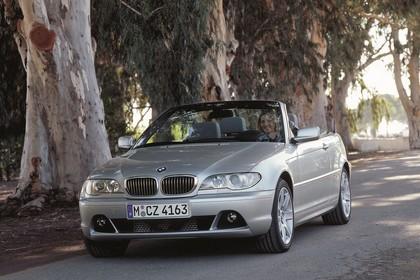 BMW 3er Cabriolet E46 LCI Aussenansicht Front schräg statisch silber