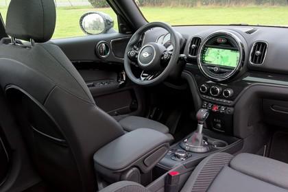 Mini Countryman F60 Innenansicht Fahrerposition statisch schwarz