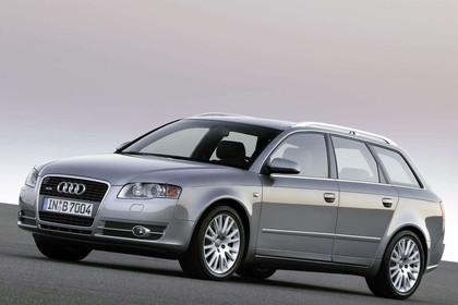 Audi A4 Avant B7 Aussenansicht Front schräg statisch silber