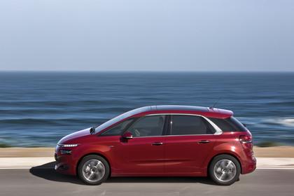 Citroën C4 Picasso 2 Aussenansicht Seite dynamisch rot