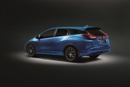 Honda Civic Tourer 9 Aussenansicht Seite schräg statisch Studio blau