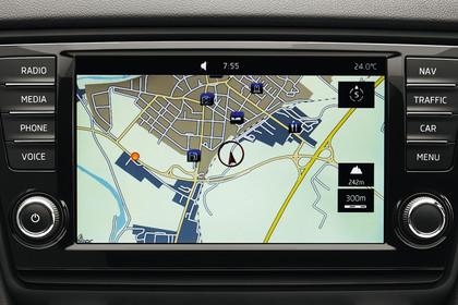 Skoda Octavia 5E Limousine Innenansicht Infotainmentbildschrim Navigation