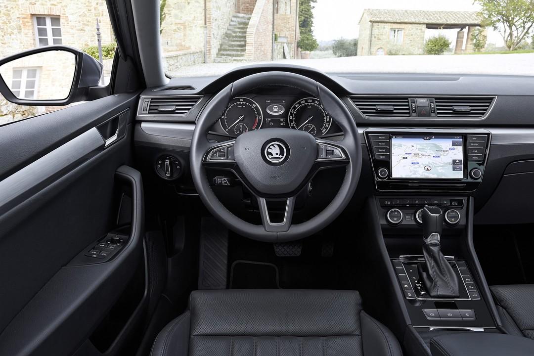 Skoda Superb Limousine (3V) seit 2015 | mobile.de