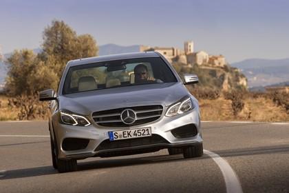 Mercedes E-Klasse W212 Aussenansicht Front dynamisch silber