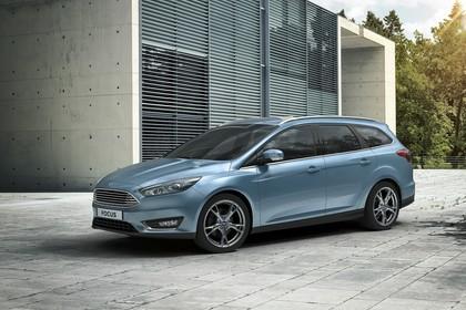 Ford Focus Turnier Mk3 Front schräg statisch blau