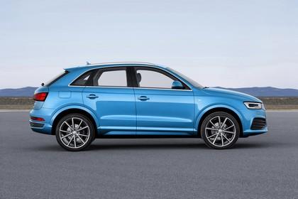 Audi Q3 Aussenansicht Seites tatisch blau