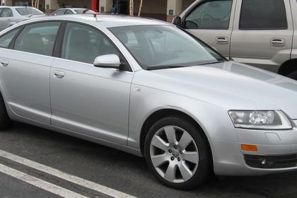 Audi A6 4f Aussenansicht Seite schräg US-Modell statisch silber