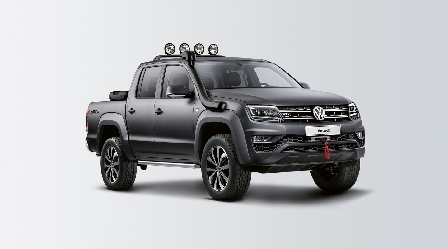 new volkswagen amarok pickup truck first official photos autos post. Black Bedroom Furniture Sets. Home Design Ideas