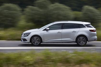 Renault Mégane Grandtour IV Aussenansicht Seite dynamisch silber