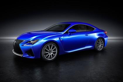 Lexus RC F X10 Aussenansicht Seite schräg statisch Studio blau