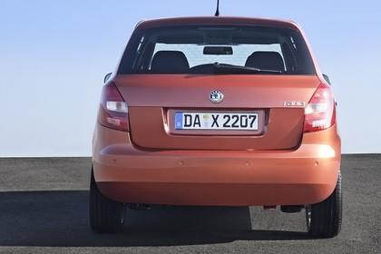 Skoda Fabia 5J Aussenansicht Heck statisch orange