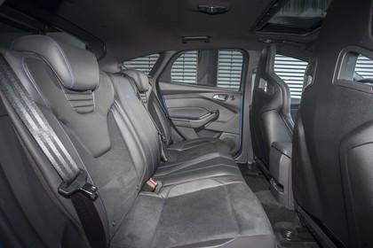 Ford Focus RS DYB-RS Innenansicht statisch Rücksitze beifahrerseitig