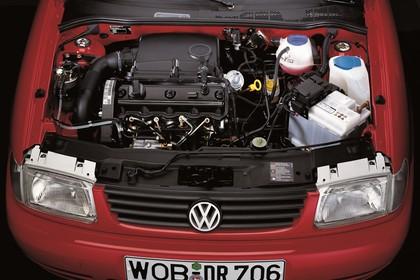 VW Polo 3 Dreitürer 6N Aussenansicht statisch Studio Detail Motor