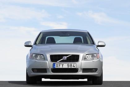 Volvo S80 AS Aussenansicht Front statisch silber