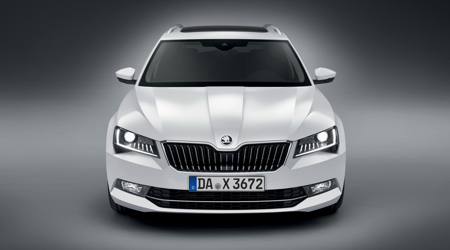 Skoda Superb Mobile De