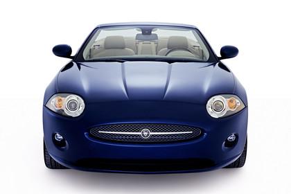 Jaguar XK Cabriolet X150 Studio Aussenansicht Front blau
